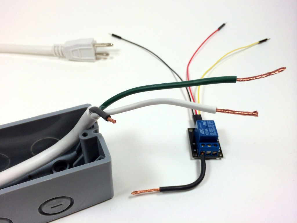 Build an Arduino Controlled Power Outlet - Stripping the Hot, Neutral, and Ground Wires