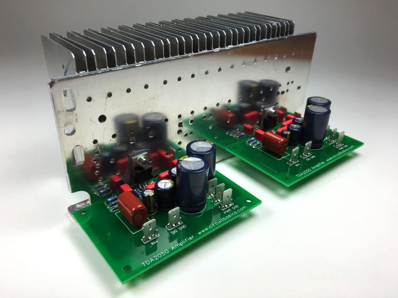How to Design and Build an Amplifier With the TDA2050 - Circuit Basics