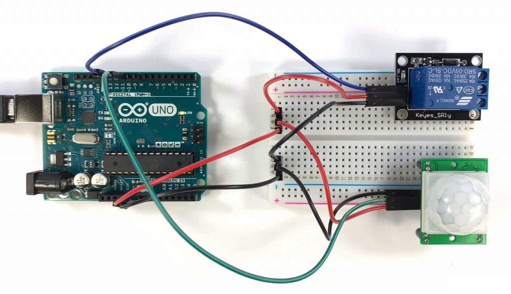 Controlling a 5V Relay with a PIR Sensor and an Arduino.jpg